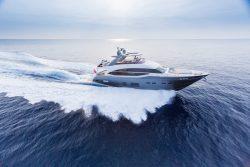 4- Motoryacht